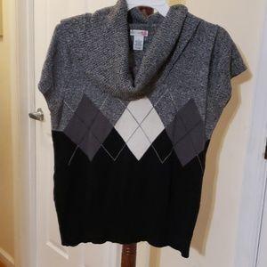Women short sleeve cowl neck sweater
